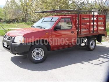 Nissan Estacas Largo TM5 usado (2008) color Rojo precio $35,000
