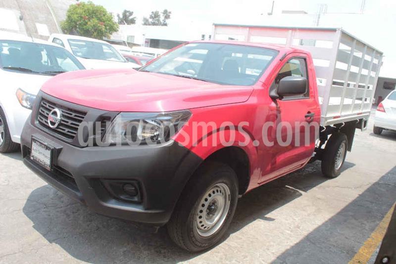 Nissan Estacas Largo TM5 usado (2018) color Rojo precio $269,000