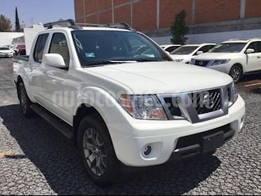 Foto venta Auto Seminuevo Nissan Frontier FRONTIER PRO4X 5AT 4X4 (2017) color Blanco precio $529,000