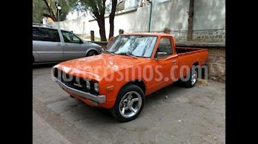 Foto Nissan Frontier LE 2.4L usado (1975) color Naranja precio $60,000