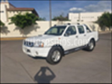 Nissan Frontier LE TM VERSION ESPECIAL usado (2014) color Blanco precio $159,000