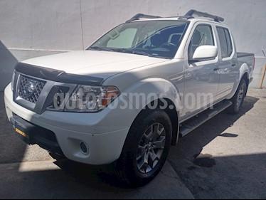 Nissan Frontier Pro-4X 4x4 V6 usado (2018) color Blanco precio $430,000