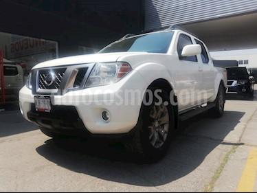 Nissan Frontier Pro-4X 4x4 V6 usado (2015) color Blanco precio $289,800