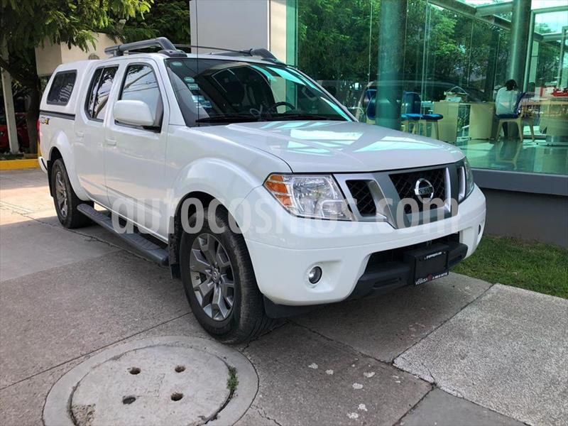 Nissan Frontier Pro-4X 4x2 V6 usado (2017) color Blanco precio $395,000