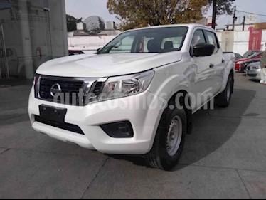 Nissan Frontier XE 2.4L usado (2018) color Blanco precio $300,000