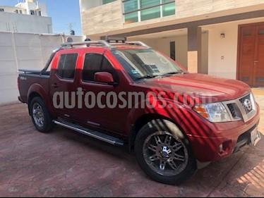 Nissan Frontier Pro-4X 4x4 V6 usado (2015) color Rojo Lava precio $300,000
