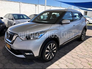 Nissan Kicks 5P ADVANCE 1.6L TA A/AC. VE RA-17 usado (2017) color Plata precio $265,000