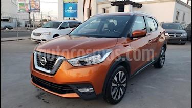 Foto venta Auto usado Nissan Kicks Advance Aut (2018) color Naranja precio $269,800