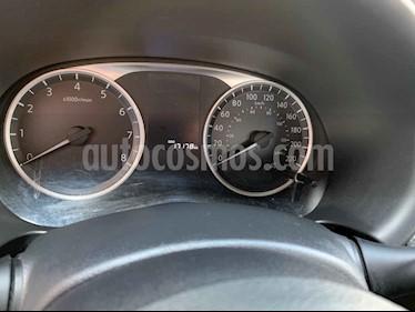 Foto venta Auto usado Nissan Kicks Advance Aut (2019) color Plata precio $274,900