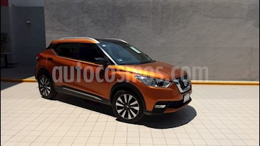 Foto venta Auto usado Nissan Kicks Advance Aut (2018) color Naranja Metalico precio $279,000