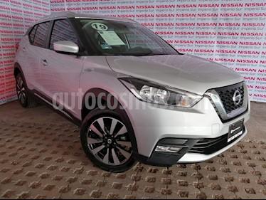 Foto venta Auto usado Nissan Kicks Advance Aut (2019) color Plata precio $310,000