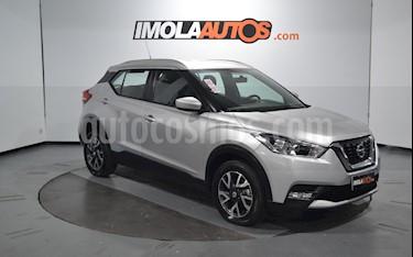 Nissan Kicks Sense usado (2018) color Plata Hielo precio $990.000