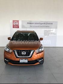 Foto venta Auto usado Nissan Kicks Exclusive Aut (2017) color Naranja precio $304,000