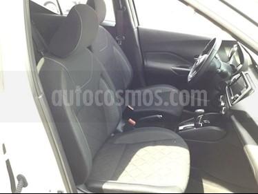 Foto venta Auto usado Nissan Kicks KICKS ADVANCE CVT A/C NEGRO (2018) color Blanco precio $300,000