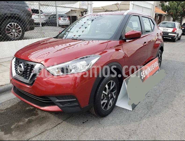 Nissan Kicks Sense usado (2020) color Rojo Metalizado precio $299,999