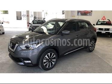 foto Nissan Kicks Advance Aut usado (2017) color Gris Oxford precio $250,000