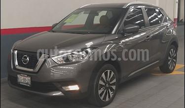 Nissan Kicks Exclusive Aut usado (2018) color Gris precio $295,000