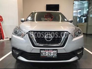 Nissan Kicks 5P ADVANCE 1.6L TA A/AC. VE RA-17 usado (2017) color Plata precio $235,500