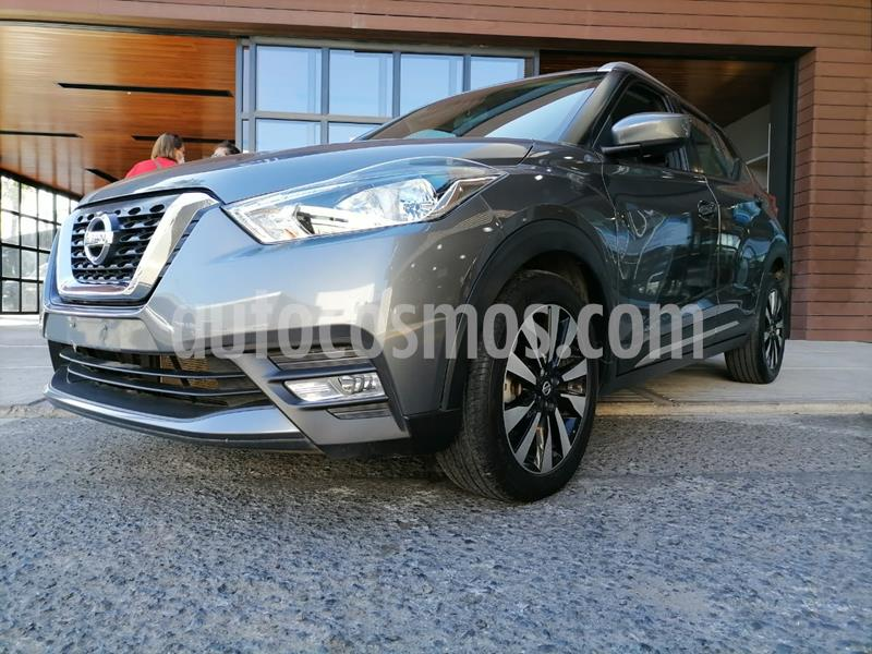 Nissan Kicks Advance Aut usado (2020) color Gris Oxford precio $300,000