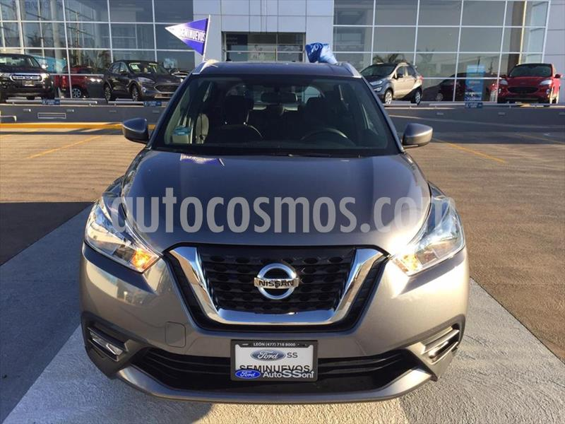 Nissan Kicks Advance Aut usado (2019) color Gris Oscuro precio $280,000