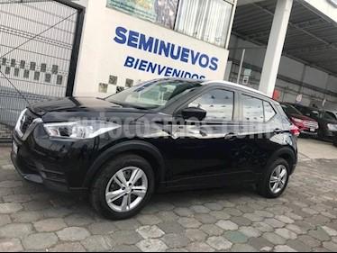 Foto venta Auto usado Nissan Kicks Sense 5MT (2017) color Negro precio $234,500