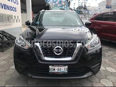 Foto venta Auto Seminuevo Nissan Kicks Sense 5MT (2017) color Negro precio $234,500