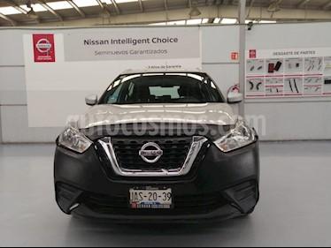 Foto venta Auto usado Nissan Kicks Sense (2017) color Plata precio $219,000