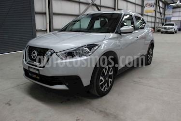 Foto venta Auto usado Nissan Kicks Sense (2018) color Plata precio $229,900