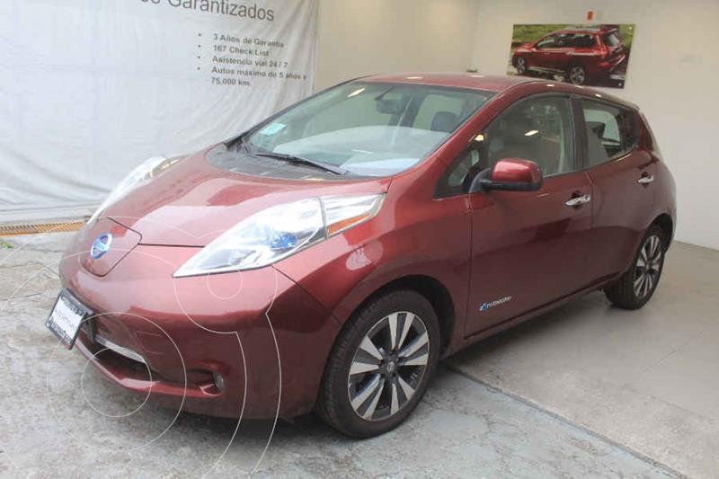 Foto Nissan Leaf 30 kW usado (2017) color Rojo precio $299,000