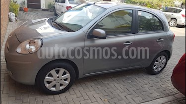 Nissan March Advance usado (2013) color Gris Oxford precio $98,000