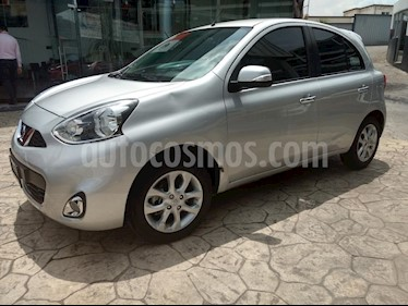 Foto venta Auto Seminuevo Nissan March Advance (2017) color Plata precio $165,000