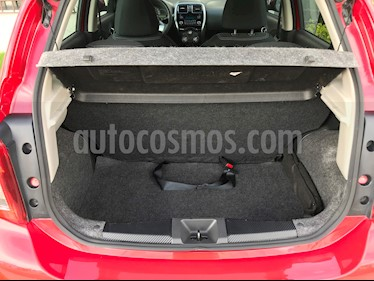 Nissan March Advance usado (2016) color Rojo precio $150,000