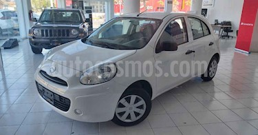 Nissan March 5p Active AC MT usado (2020) color Blanco precio $149,900