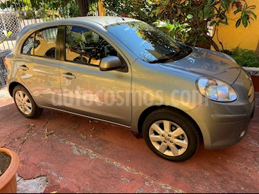 Nissan March Advance usado (2013) color Gris Plata  precio $110,000