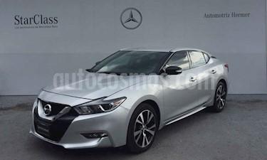 Foto Nissan Maxima 3.5 Advance usado (2016) color Plata precio $329,900