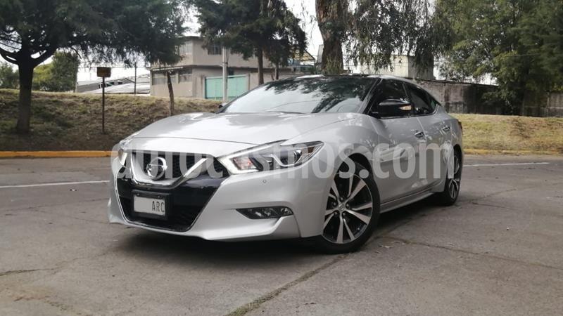 Nissan Maxima 3.5 Exclusive usado (2017) color Plata Dorado precio $350,000