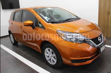 Foto venta Auto usado Nissan Note Sense Aut (2017) color Naranja precio $197,000