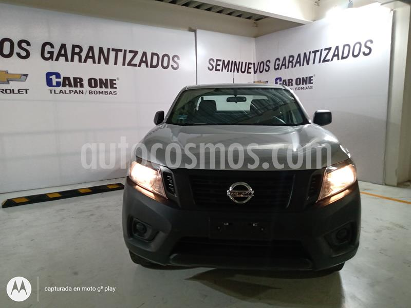 Nissan NP300 Doble Cabina S usado (2018) color Plata precio $270,000