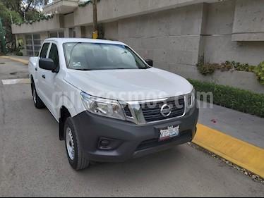 Nissan NP300 Doble Cabina SE A/A Paq. de Seg. usado (2018) color Blanco precio $265,000