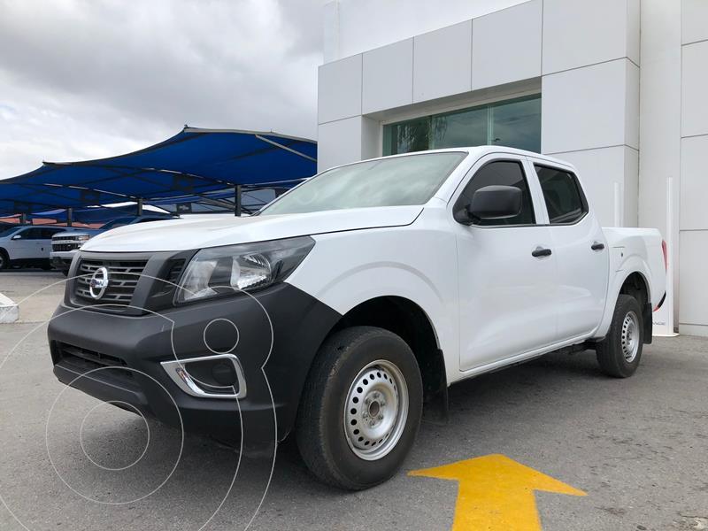 Foto Nissan NP300 Doble Cabina S usado (2019) color Blanco precio $311,000