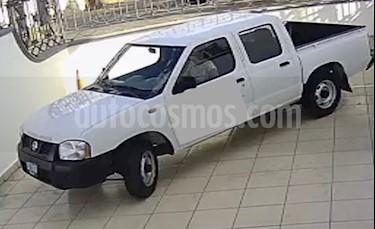 Nissan NP300 Doble Cabina S A/A usado (2014) color Blanco precio $198,000