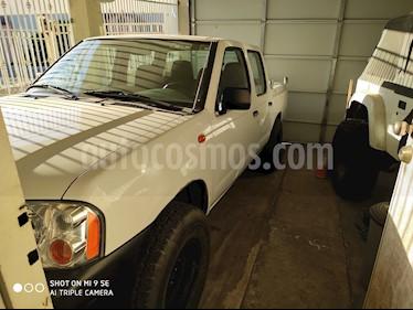 foto Nissan NP300 Doble Cabina S usado (2014) color Blanco precio $150,000