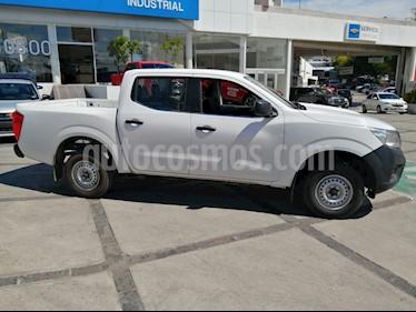 Foto Nissan NP300 Doble Cabina SE A/A Paq. de Seg. usado (2017) color Blanco precio $262,000