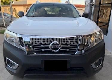 Foto venta Auto Seminuevo Nissan NP300 Frontier LE A/A (2017) color Blanco precio $188,400