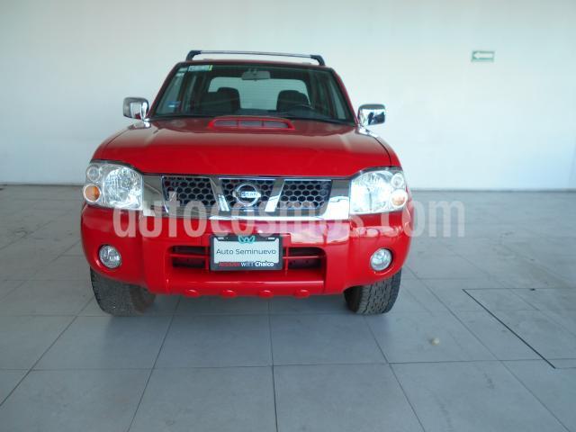 Nissan NP300 Frontier LE A/A usado (2015) color Rojo precio $255,000