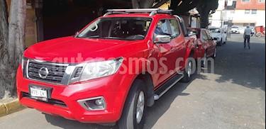 Nissan NP300 Frontier LE A/A usado (2017) color Rojo precio $250,000