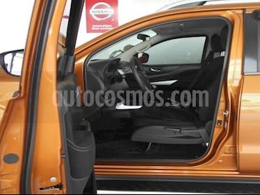 Nissan NP300 Frontier 4P LE L4/2.4 MAN usado (2019) color Naranja precio $359,000