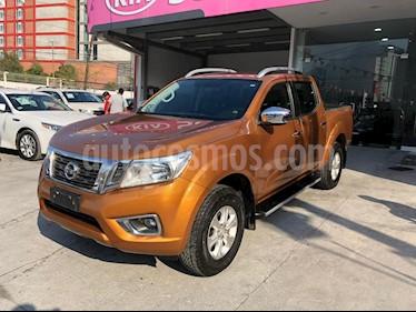 Foto Nissan NP300 Frontier LE A/A usado (2016) color Naranja precio $280,000