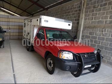 Foto venta Auto usado Nissan NP300 2.4L Chasis Dh  (2014) color Rojo precio $175,000