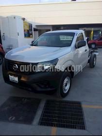 Foto venta Auto usado Nissan NP300 2.4L Chasis  (2018) color Plata Artico precio $250,000